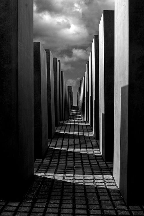 Uge-45-Holocaust-memorial_500px